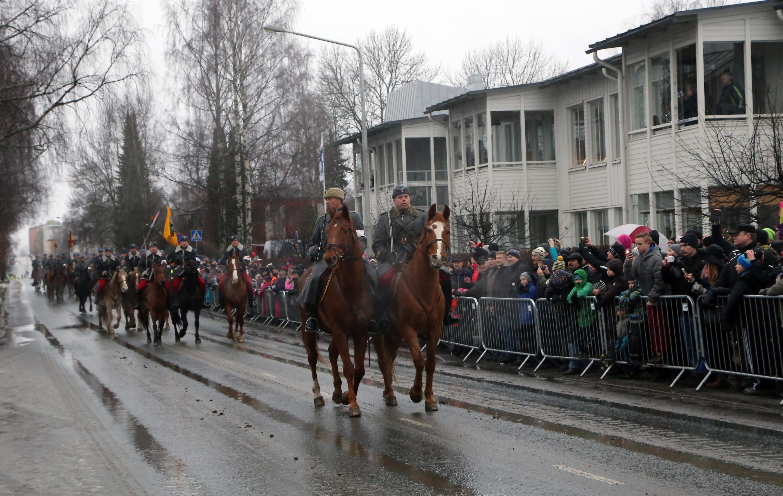 Ratsumieskillan perinneosasto on koottu kolmen Eskadroonan ratsastajista.